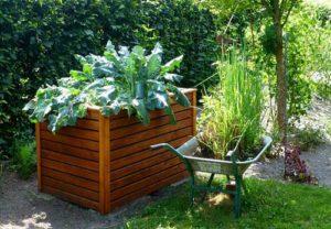 Ein Hochbeet für einen altersgerechten Garten