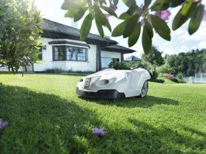Der Rasenroboter - ein idealer Mulchmäher Helfer zum Rasen mulchen
