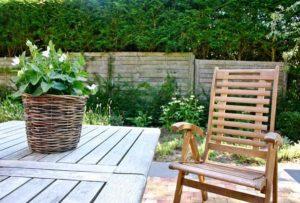 Gartenstuhl Holz - eine langlebige Gartenstuhl Variante
