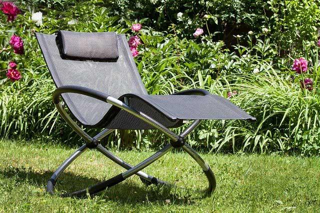 Liegestuhl für den Garten